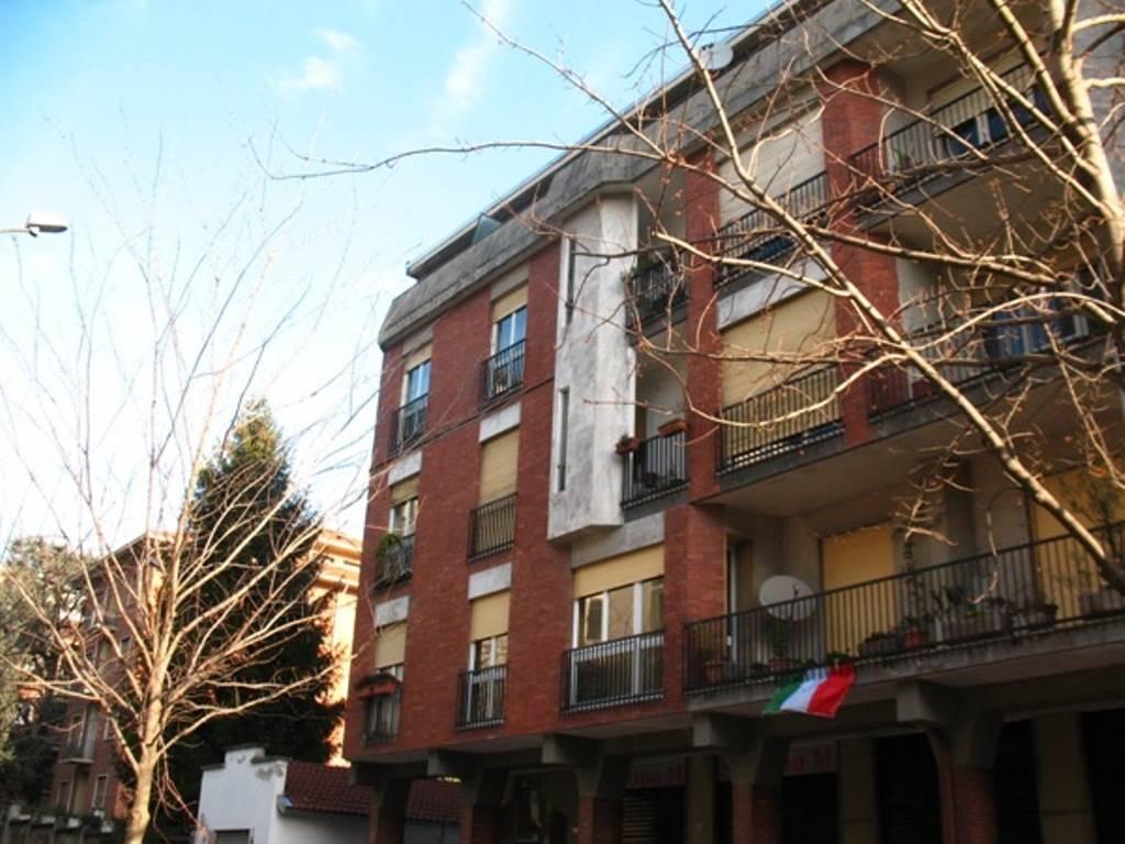Appartamento in vendita a Saronno, 5 locali, prezzo € 350.000 | PortaleAgenzieImmobiliari.it