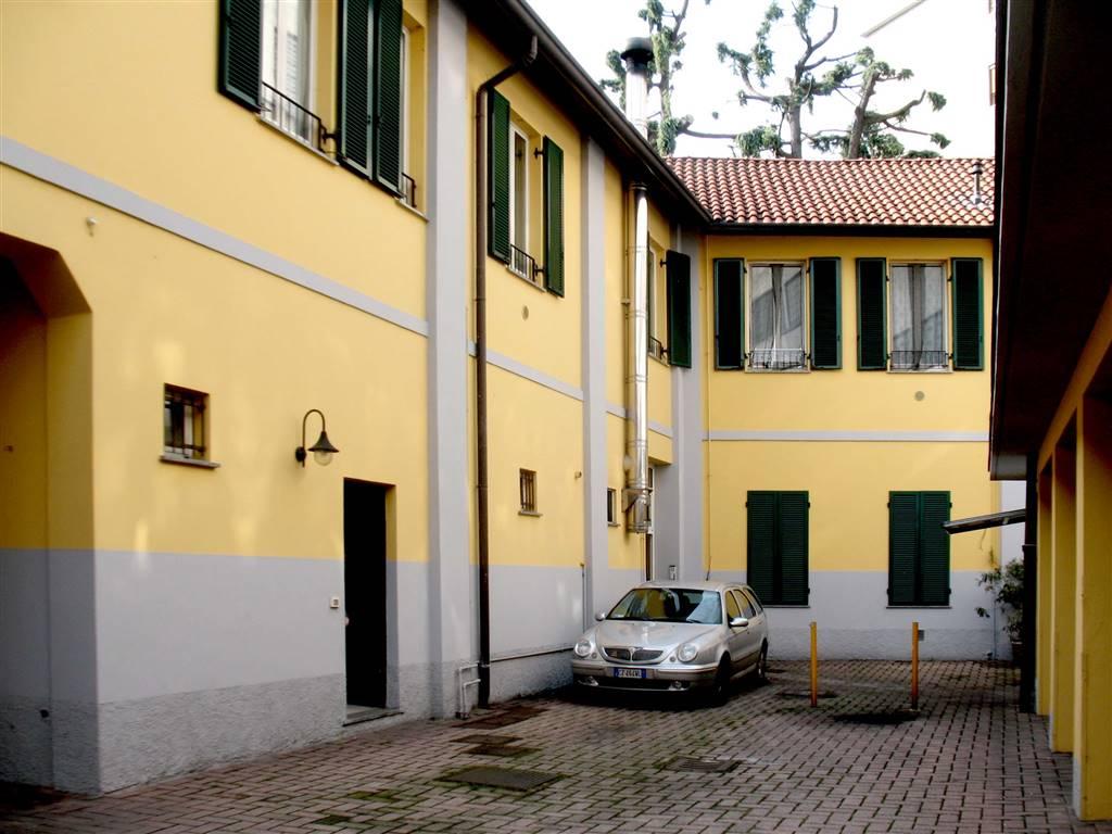 Appartamento in affitto a Saronno, 3 locali, zona Località: COMUNE, prezzo € 500 | PortaleAgenzieImmobiliari.it