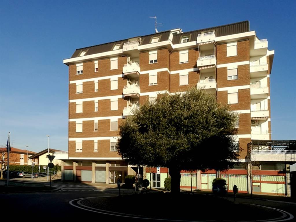 Appartamento in vendita a Rovello Porro, 3 locali, prezzo € 123.000 | PortaleAgenzieImmobiliari.it