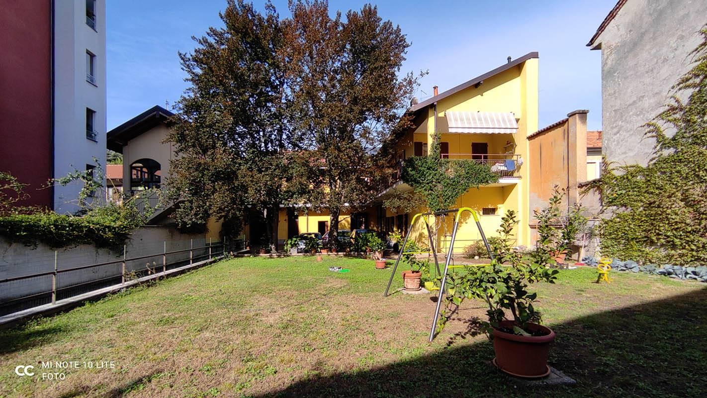 Magazzino in vendita a Saronno, 1 locali, zona ro, prezzo € 100.000   PortaleAgenzieImmobiliari.it