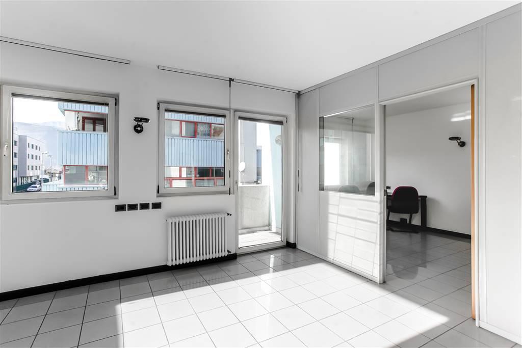 Piano 1° - Ufficio con pareti mobili
