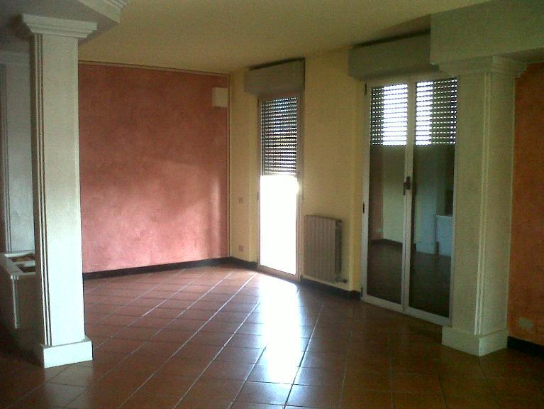 Appartamento in affitto a Novara, 4 locali, prezzo € 1.100 | PortaleAgenzieImmobiliari.it