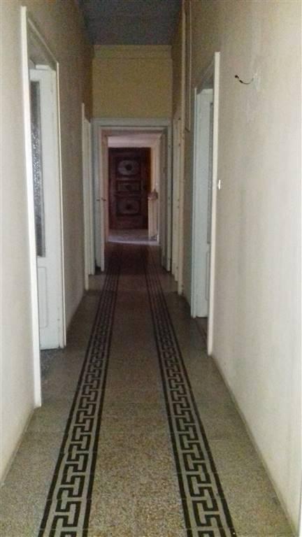 Ufficio / Studio in affitto a Novara, 7 locali, zona ro, prezzo € 2.000 | PortaleAgenzieImmobiliari.it