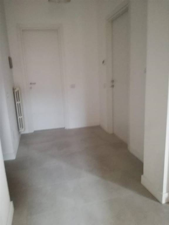 Appartamento in affitto a Novara, 3 locali, zona Località: CENTRO STORICO, prezzo € 800 | PortaleAgenzieImmobiliari.it