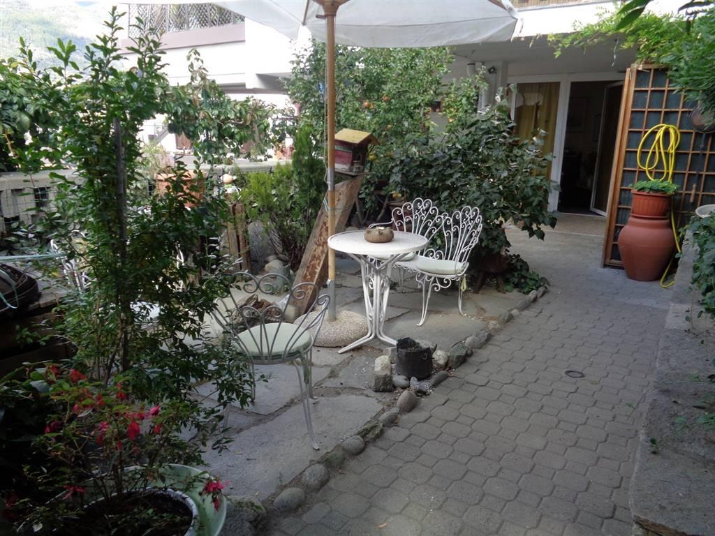 Appartamento in vendita a Aymavilles, 5 locali, prezzo € 198.000 | CambioCasa.it