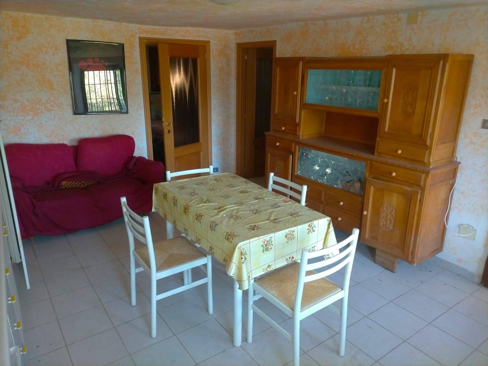 Soluzione Indipendente in vendita a Aosta, 2 locali, zona Zona: Excenex, prezzo € 60.000 | CambioCasa.it