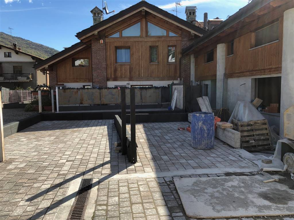 Soluzione Indipendente in vendita a Nus, 3 locali, prezzo € 135.000 | CambioCasa.it