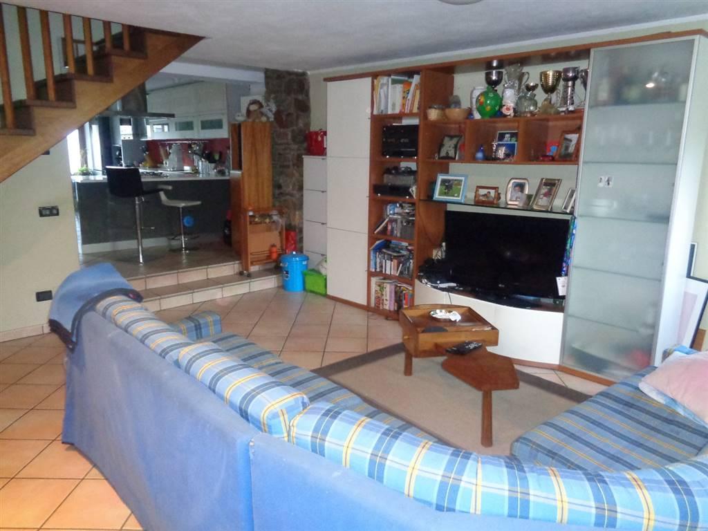 Soluzione Semindipendente in vendita a Roisan, 5 locali, prezzo € 250.000 | CambioCasa.it