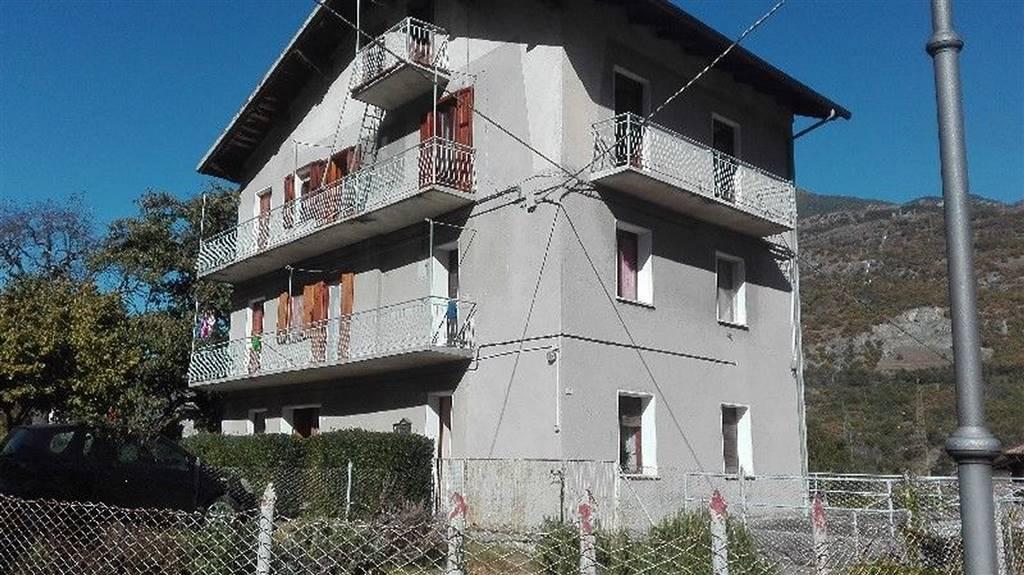 Soluzione Indipendente in vendita a Saint-Marcel, 10 locali, prezzo € 269.000   CambioCasa.it