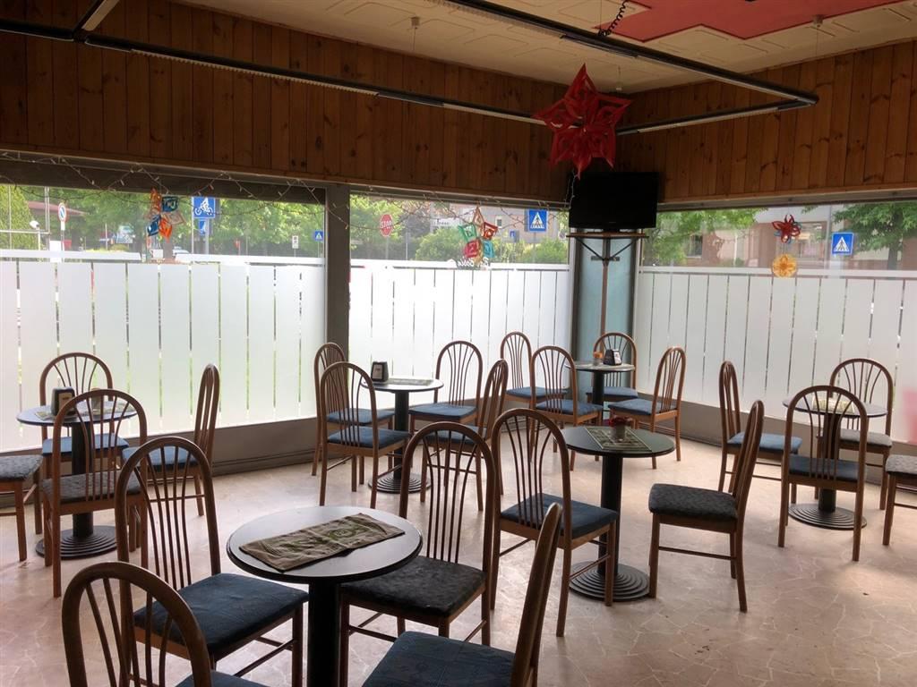 Bar in vendita a Aosta, 2 locali, zona Zona: Periferia, prezzo € 69.000 | CambioCasa.it