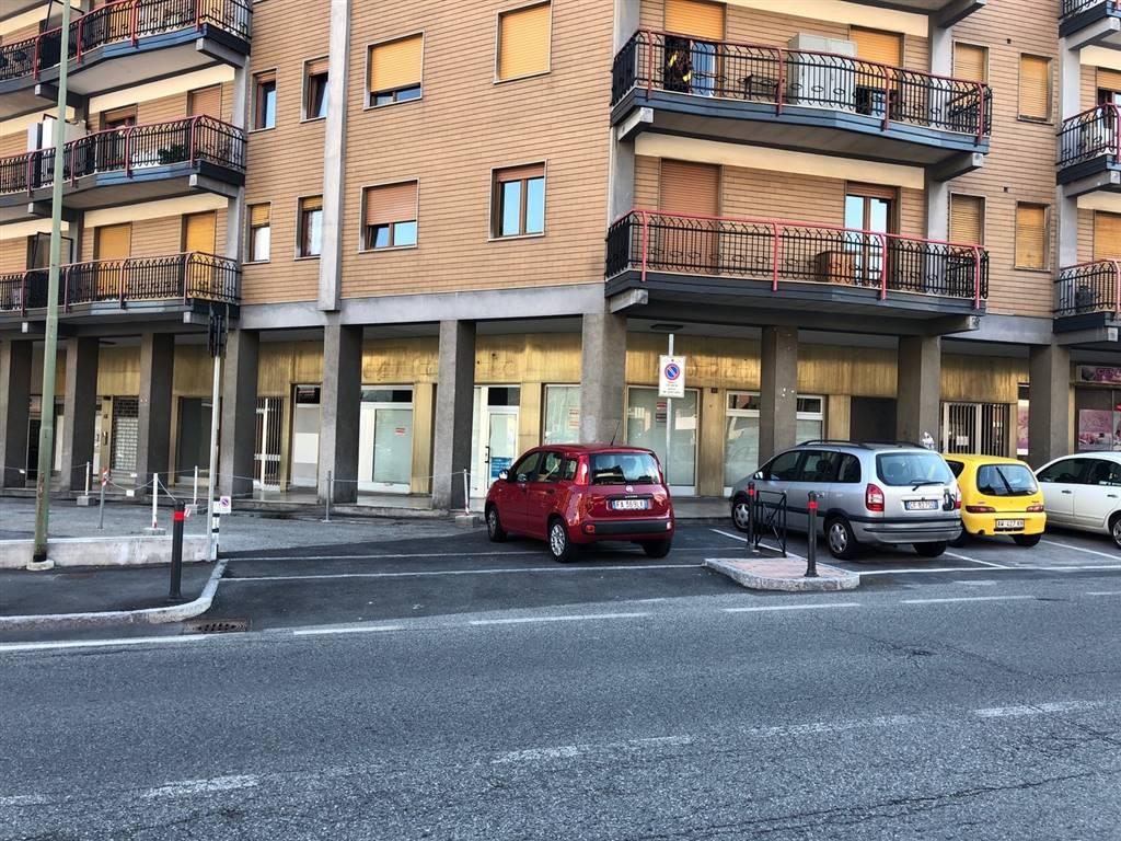Ufficio / Studio in affitto a Aosta, 2 locali, zona Zona: Semicentro, prezzo € 1.500 | CambioCasa.it