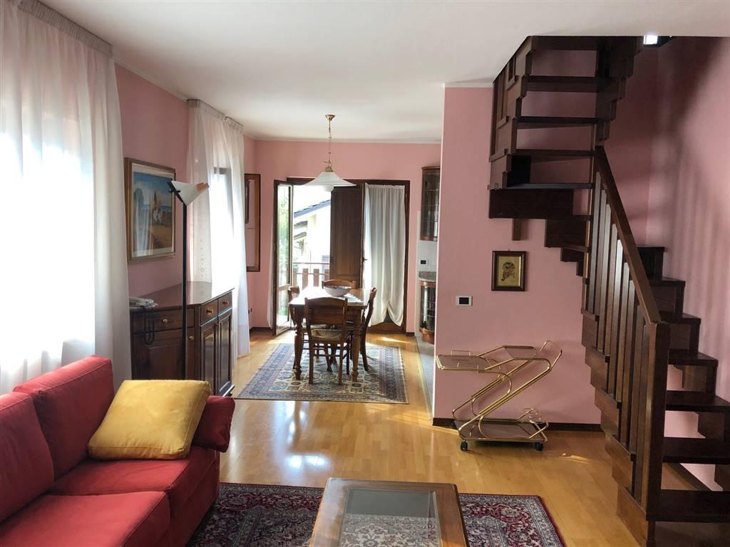 Appartamento in vendita a Nus, 4 locali, prezzo € 179.000 | CambioCasa.it
