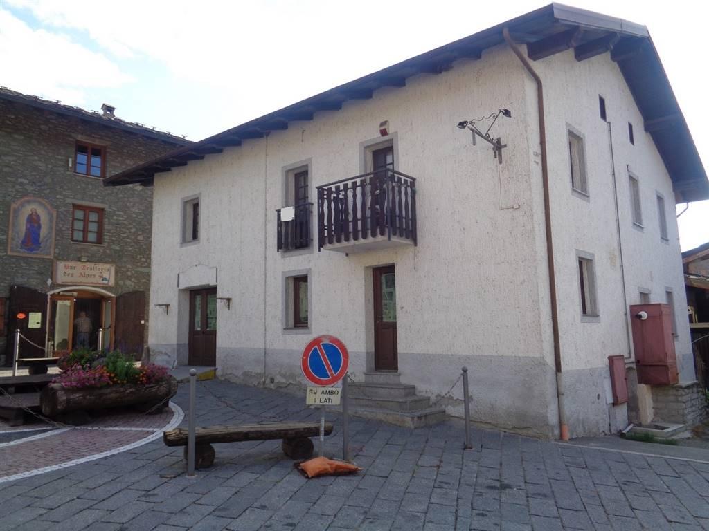 Soluzione Semindipendente in vendita a Fenis, 8 locali, zona Zona: Chez Sapin, prezzo € 120.000 | CambioCasa.it