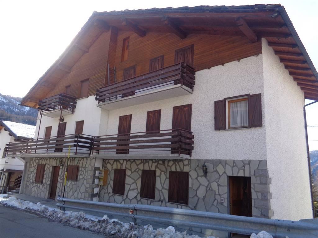 Appartamento in vendita a Valtournenche, 3 locali, prezzo € 95.000 | CambioCasa.it