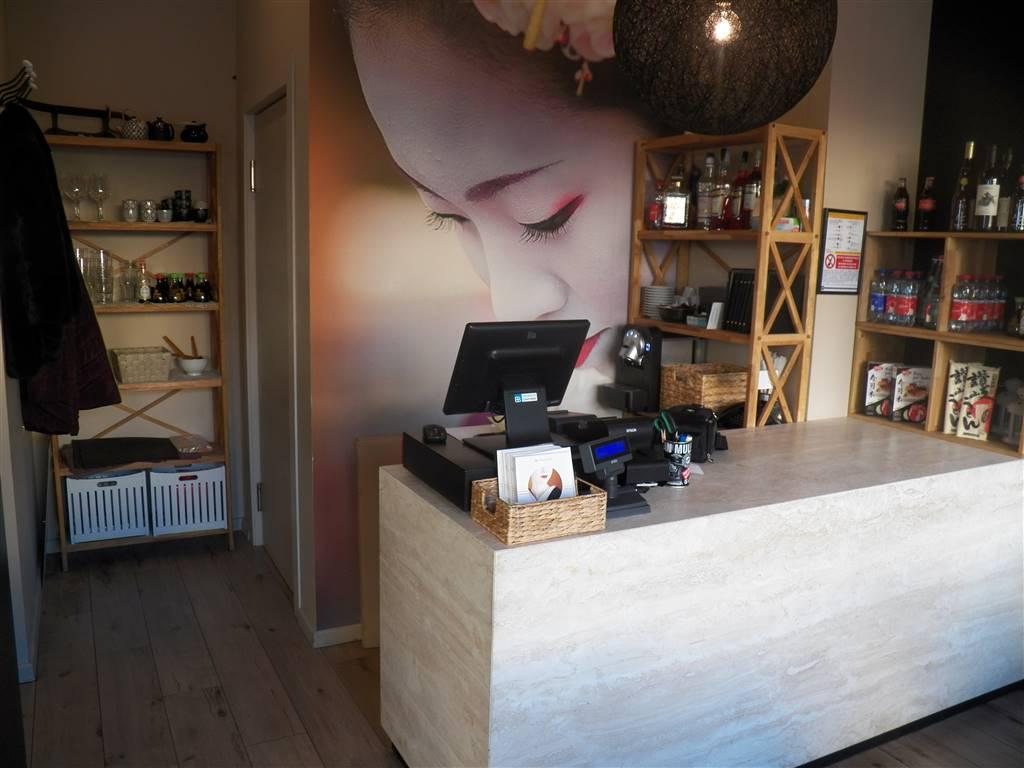 Ristorante / Pizzeria / Trattoria in vendita a Aosta, 9999 locali, zona Zona: Centro, prezzo € 99.000 | CambioCasa.it