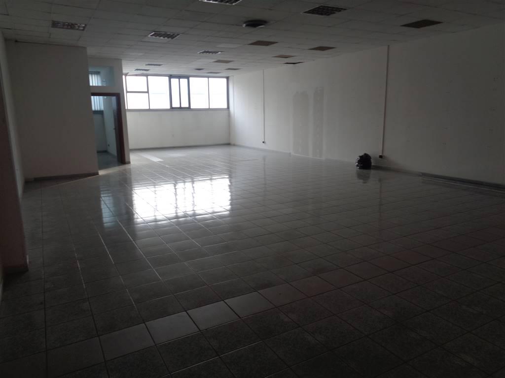Immobile Commerciale in vendita a Quart, 2 locali, prezzo € 220.000 | CambioCasa.it