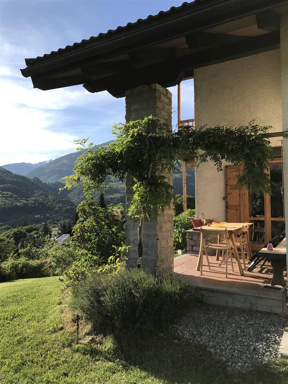 Villa in vendita a Roisan, 9 locali, prezzo € 445.000 | CambioCasa.it