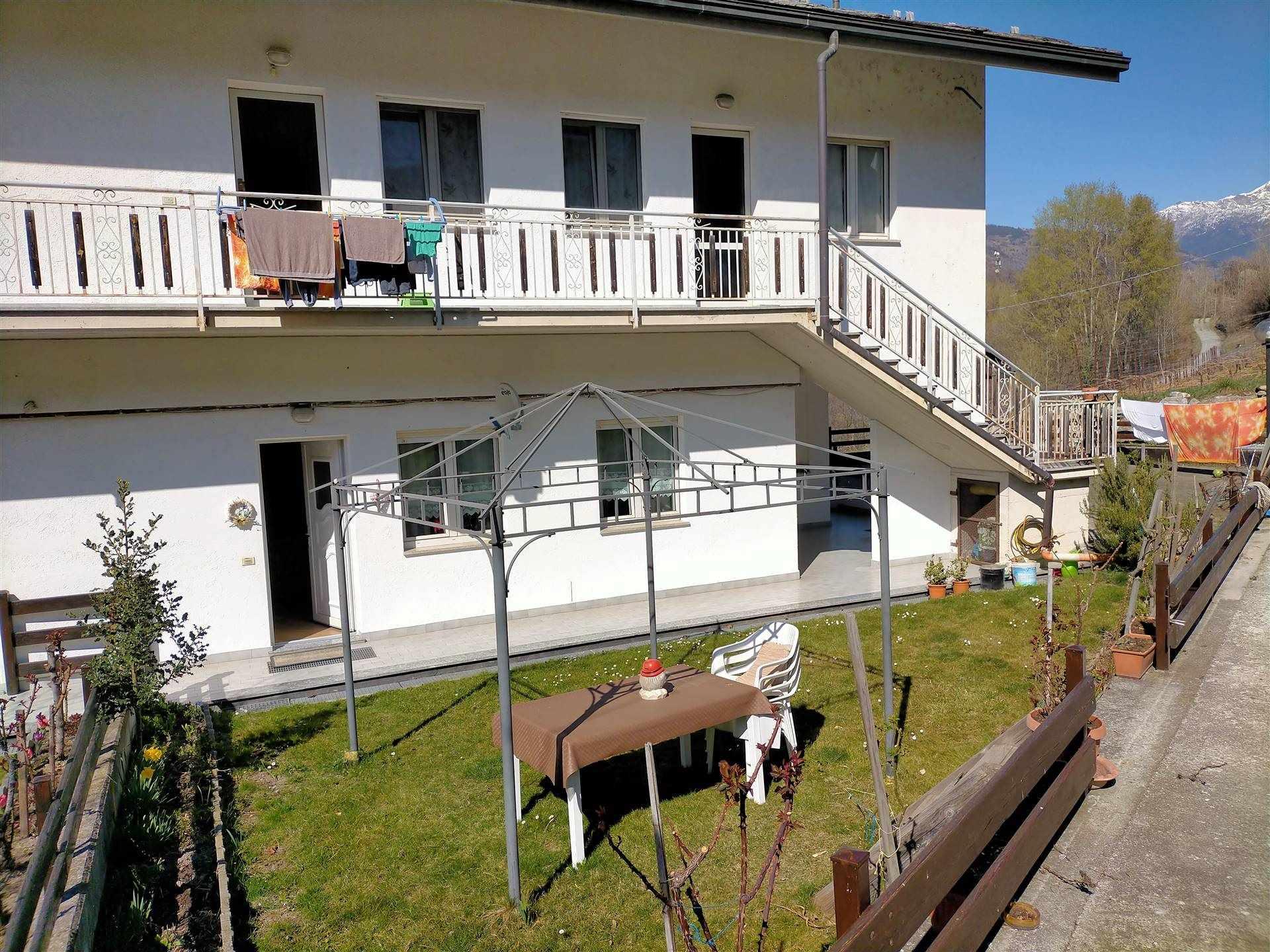 Appartamento in vendita a Aymavilles, 4 locali, prezzo € 269.000 | CambioCasa.it