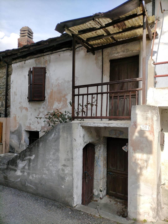 Rustico / Casale in vendita a Saint-Marcel, 3 locali, prezzo € 35.000 | PortaleAgenzieImmobiliari.it
