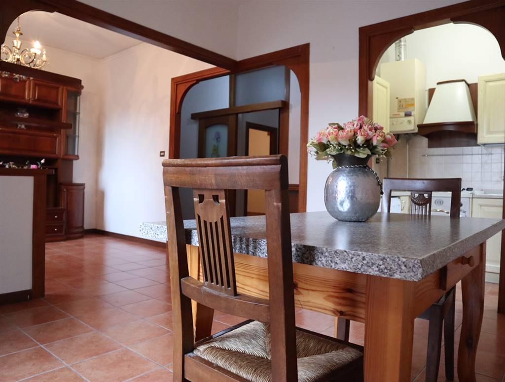 Appartamento in vendita a San Martino Buon Albergo, 4 locali, zona Località: CENTRO, prezzo € 85.000 | CambioCasa.it