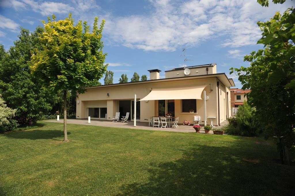 Villa in Vendita a Zevio