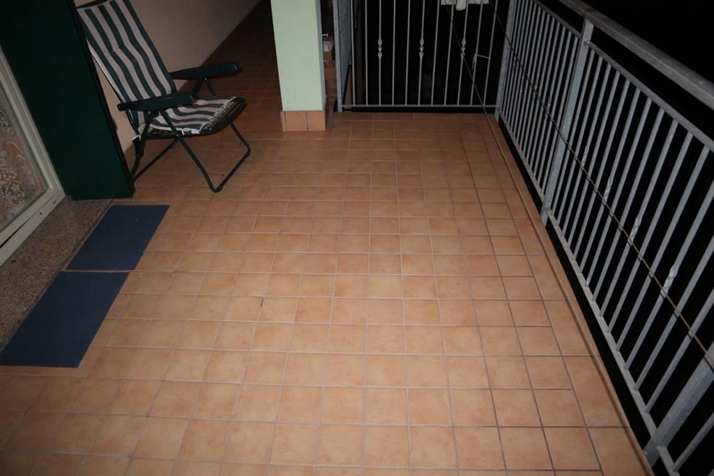 Appartamento in vendita a Lavagno, 3 locali, zona Zona: San Pietro, prezzo € 128.000   CambioCasa.it