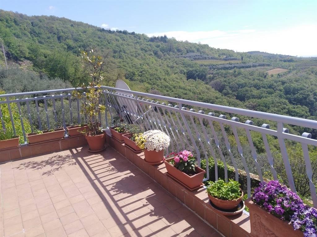 Rustico / Casale in vendita a Soave, 5 locali, zona Zona: Castelcerino, prezzo € 199.000 | CambioCasa.it