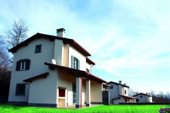 Villa in vendita a Acquapendente, 5 locali, zona Zona: Torre Alfina, prezzo € 260.000   CambioCasa.it
