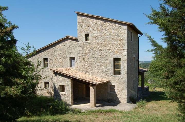 Rustico / Casale in vendita a Baschi, 8 locali, zona Zona: Civitella del Lago, prezzo € 280.000 | CambioCasa.it