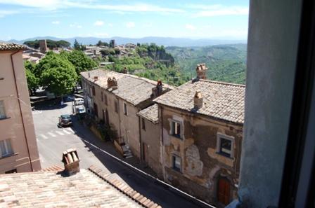 Soluzione Indipendente in vendita a Lubriano, 4 locali, prezzo € 110.000   CambioCasa.it