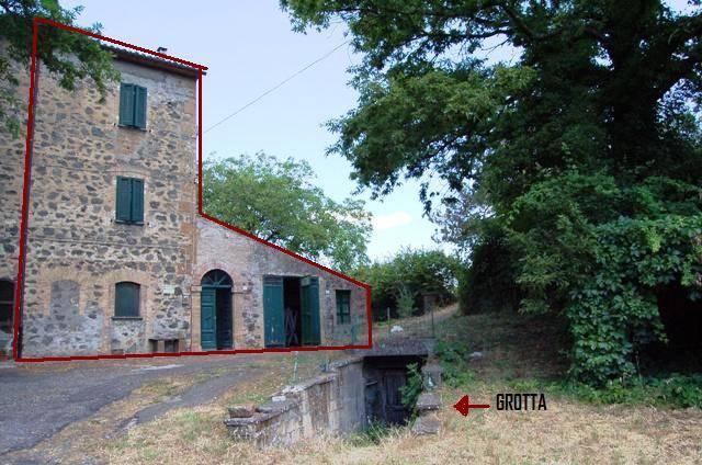 Soluzione Semindipendente in vendita a Castel Giorgio, 8 locali, prezzo € 160.000 | CambioCasa.it