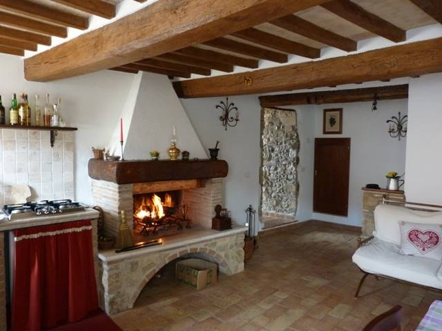 Appartamento in vendita a Montecchio, 4 locali, prezzo € 98.000 | CambioCasa.it