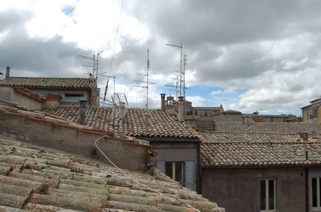 Appartamento in affitto a Orvieto, 5 locali, prezzo € 700 | CambioCasa.it