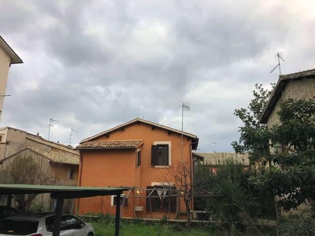 Appartamento in affitto a Orvieto, 6 locali, prezzo € 600 | CambioCasa.it