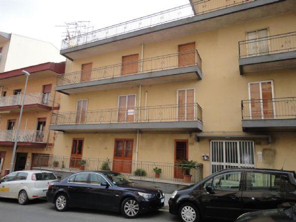 Appartamento in affitto a Ragusa, 4 locali, prezzo € 440 | CambioCasa.it