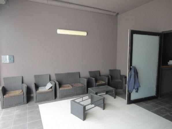 Magazzino in affitto a Ragusa, 2 locali, prezzo € 400 | CambioCasa.it