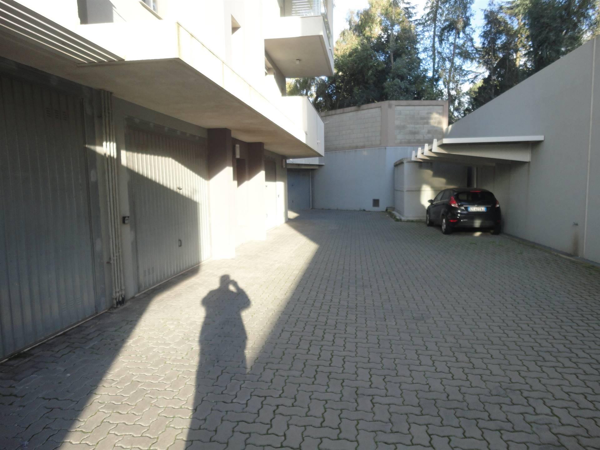 cortile garage