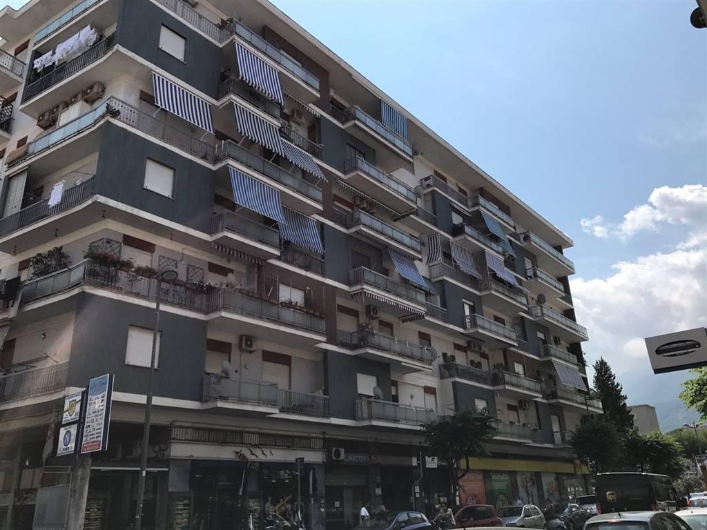 Appartamento in affitto a Castellammare di Stabia, 5 locali, Trattative riservate | CambioCasa.it