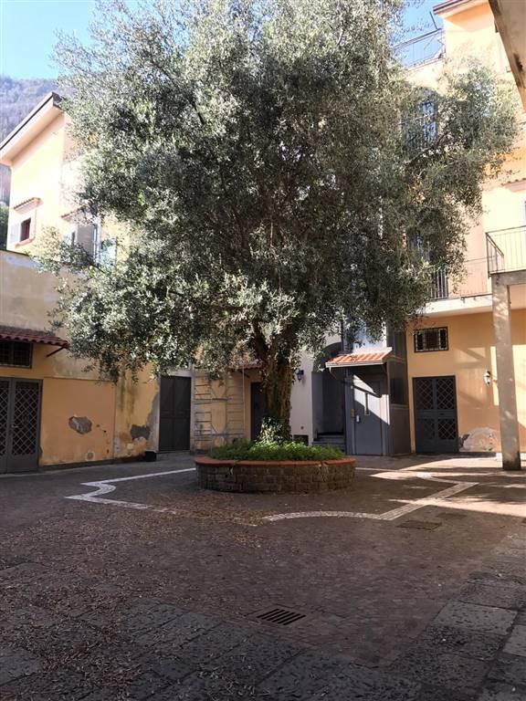 Appartamento in affitto a Gragnano, 2 locali, prezzo € 550 | CambioCasa.it