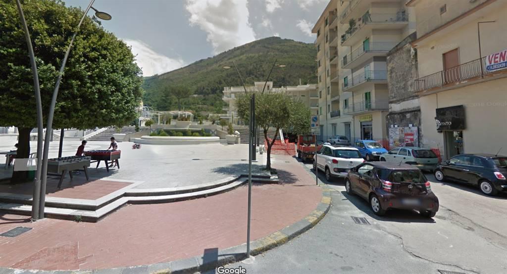 Negozio / Locale in vendita a Roccapiemonte, 2 locali, prezzo € 110.000 | CambioCasa.it