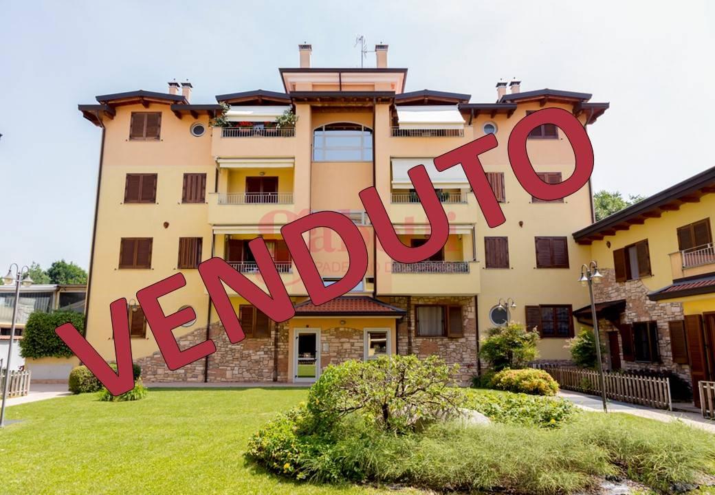 Appartamento in vendita a Paderno Dugnano, 3 locali, zona Località: CASSINA AMATA, prezzo € 185.000 | CambioCasa.it