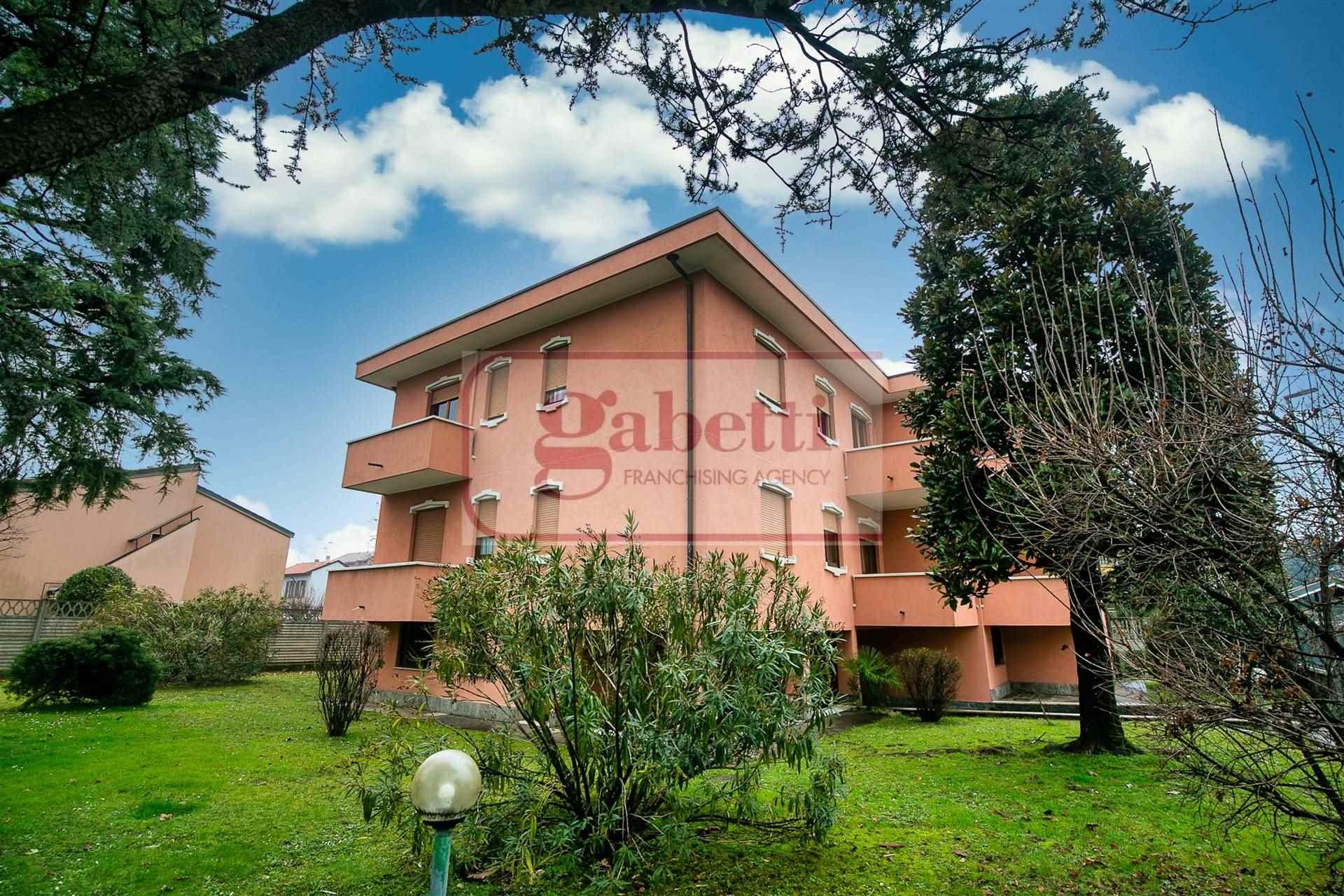 Appartamento in vendita a Paderno Dugnano, 3 locali, zona Località: INCIRANO, prezzo € 195.000 | CambioCasa.it