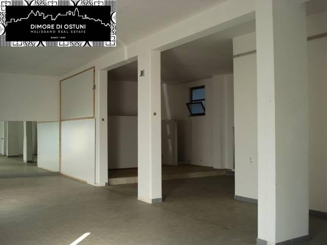 Negozio / Locale in affitto a Ostuni, 1 locali, prezzo € 800 | CambioCasa.it