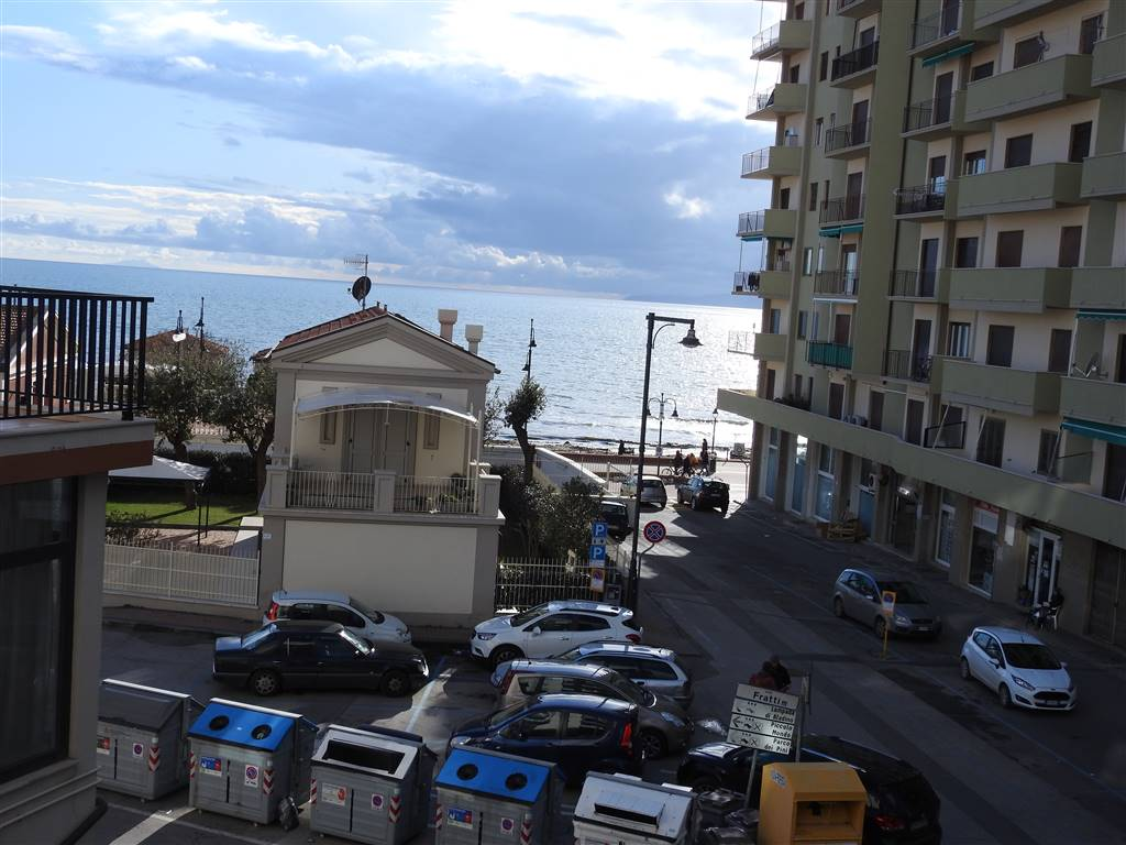 Quadrilocale, Follonica