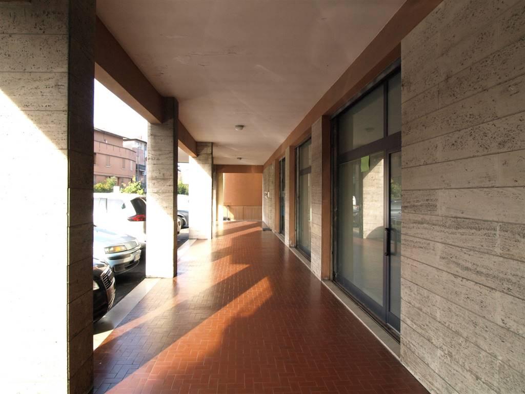 Negozio / Locale in affitto a Vignola, 2 locali, prezzo € 450 | CambioCasa.it