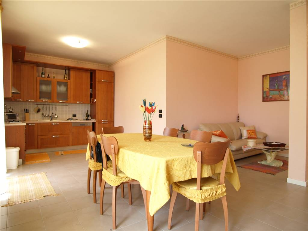 Appartamento in vendita a Valsamoggia, 3 locali, zona Località: CASTELLETTO, prezzo € 158.000 | CambioCasa.it