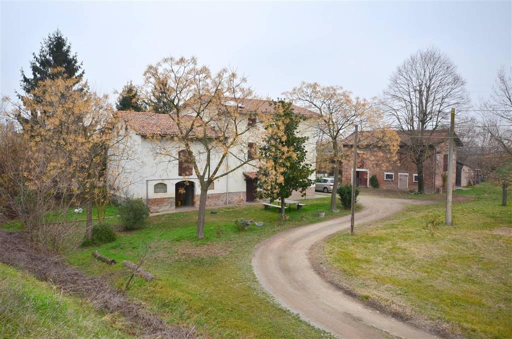 Rustico / Casale in vendita a Valsamoggia, 8 locali, zona Località: CALCARA, prezzo € 345.000 | CambioCasa.it