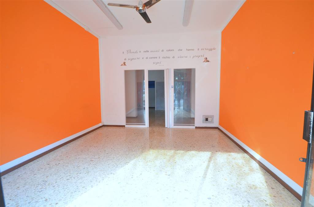 Immobile Commerciale in vendita a Valsamoggia, 1 locali, zona Località: BAZZANO, prezzo € 49.000 | CambioCasa.it
