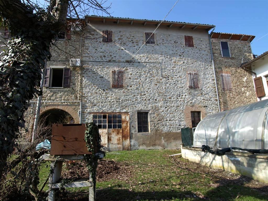Rustico / Casale in vendita a Valsamoggia, 5 locali, zona Località: PONZANO, prezzo € 79.000 | CambioCasa.it