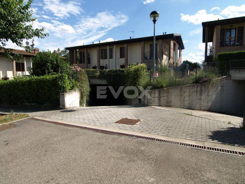 Appartamento in vendita a Valsamoggia, 3 locali, zona Località: PONZANO, prezzo € 139.000 | CambioCasa.it